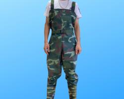 Quần áo lội nước - U021
